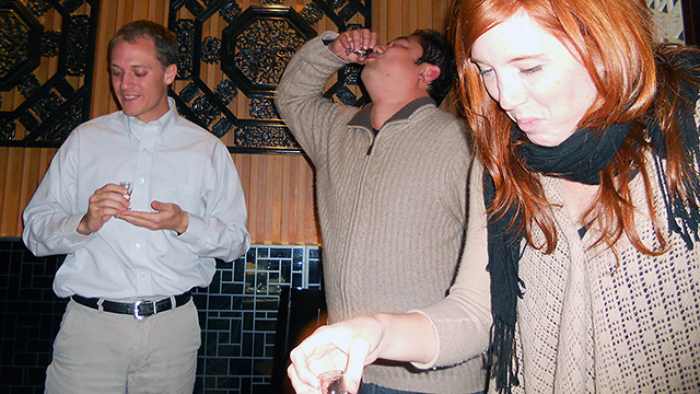 Canadian Becomes 12 Millionth White Person to Pretend to Like Baijiu